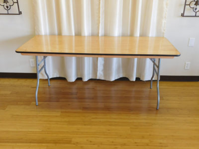 6 foot rectangular banquet table for rent