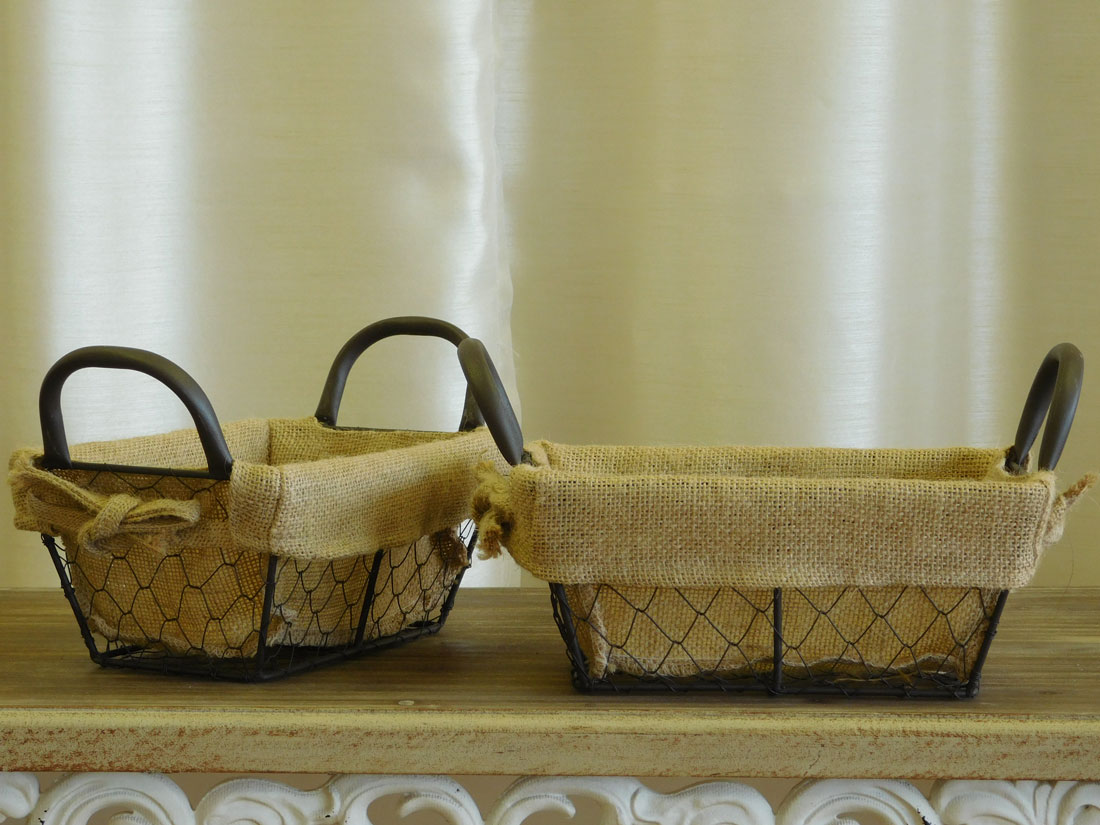 View Larger Image Set Of 2 Small Burlap Lined Wire Baskets For Special  Event And Wedding Decor Rental